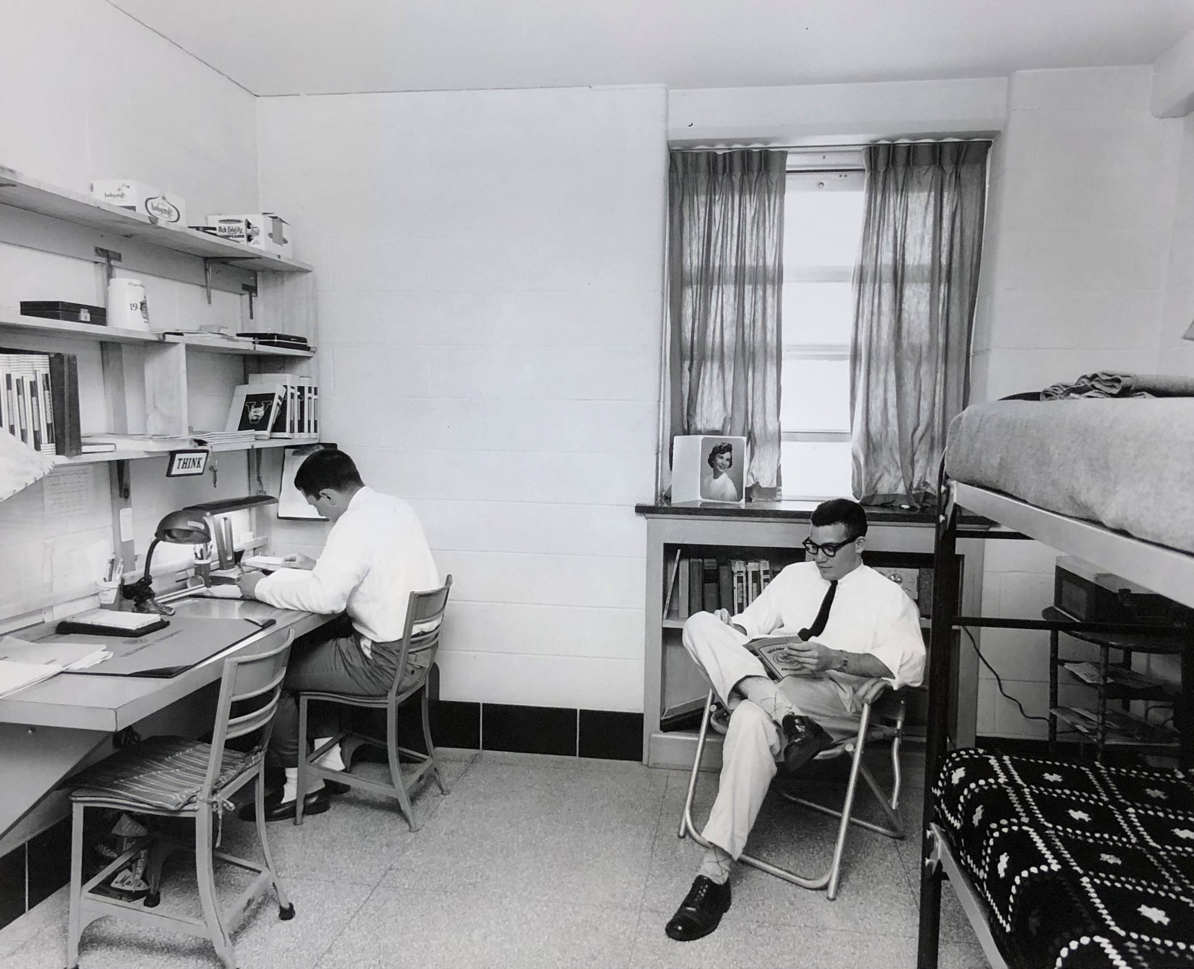 Students in Sheehan Hall, 1960 (VUA 35/7 Villanova Photograph Collection)