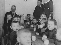 Feeding Children in Berlin<br/><small>Quaker Relief in Europe, 1914-1922,<br/>Friends Historical Library of Swarthmore College</small>