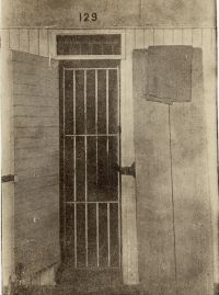 Solitary confinement cell for conscientious<br/>objectors at Fort Leavenworth<br/><small>William Kantor Collected Papers,<br/>Swarthmore College Peace Collection</small>