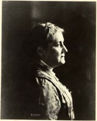 Jane Addams<br/>of Hull House, Chicago<br/><small>Jane Addams Collection,<br/>Swarthmore College Peace Collection</small>