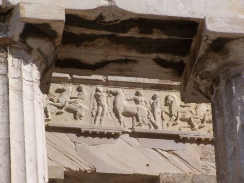 "<br><font size=""-2"">Figure 4: The Parthenon Frieze. Image CC-BY Athinaios, Wikimedia Commons. http://commons.wikimedia.org/wiki/File:Parthenon_frieze_w_facade_in_situ.jpg</font><br><br>"